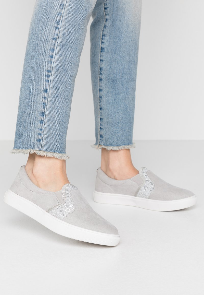 Head over Heels by Dune - EVEY - Slip-ons - silver