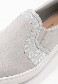 Head over Heels by Dune - EVEY - Slip-ons - silver - 2