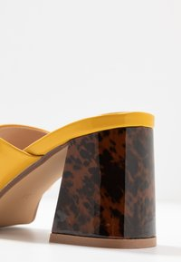 Head over Heels by Dune - MAJA - Korolliset pistokkaat - yellow - 2