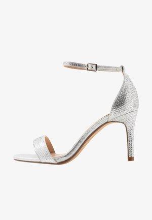 MADDI - Sandály na vysokém podpatku - silver