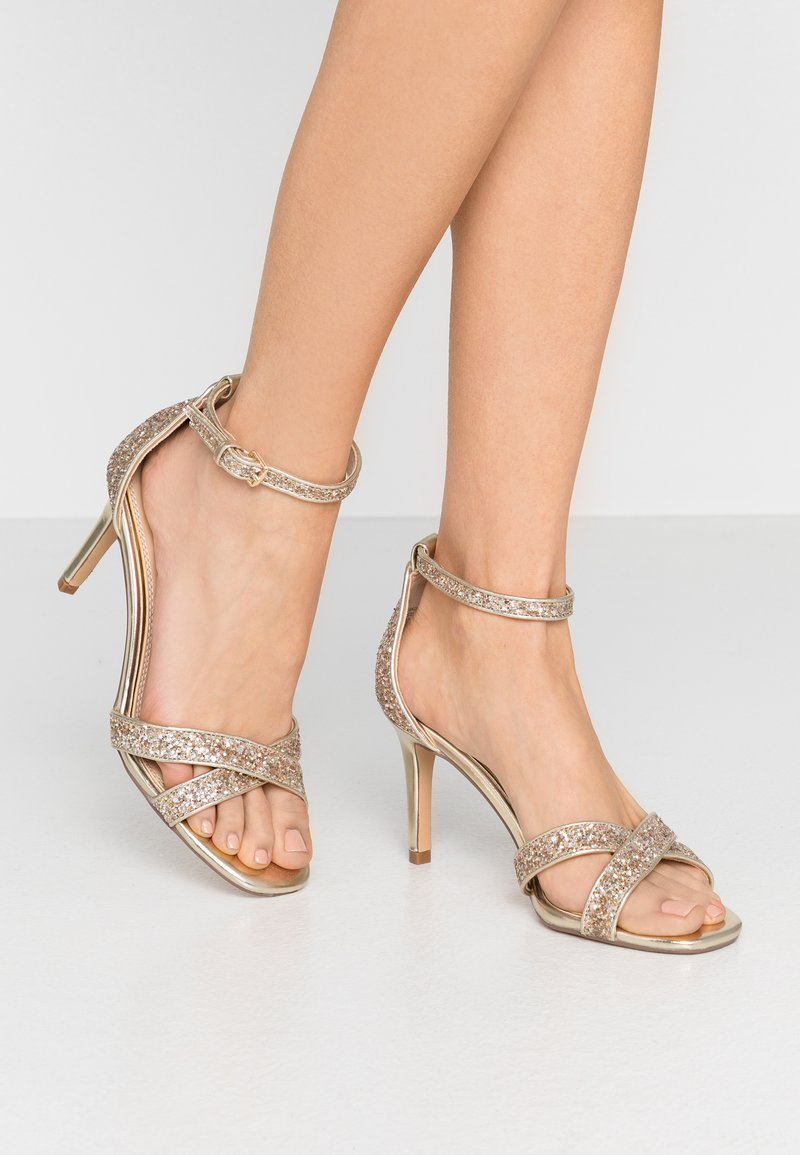 Head over Heels by Dune - MADIHA - Sandaler med høye hæler - gold metallic