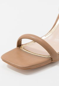 Head over Heels by Dune - MINKA - Sandály na vysokém podpatku - nude - 2