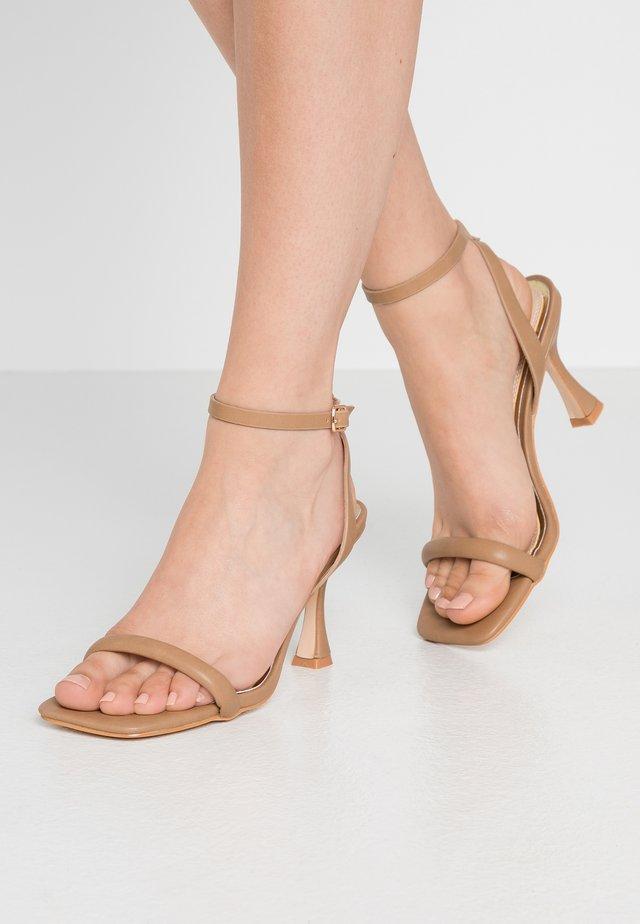 MINKA - Sandály na vysokém podpatku - nude