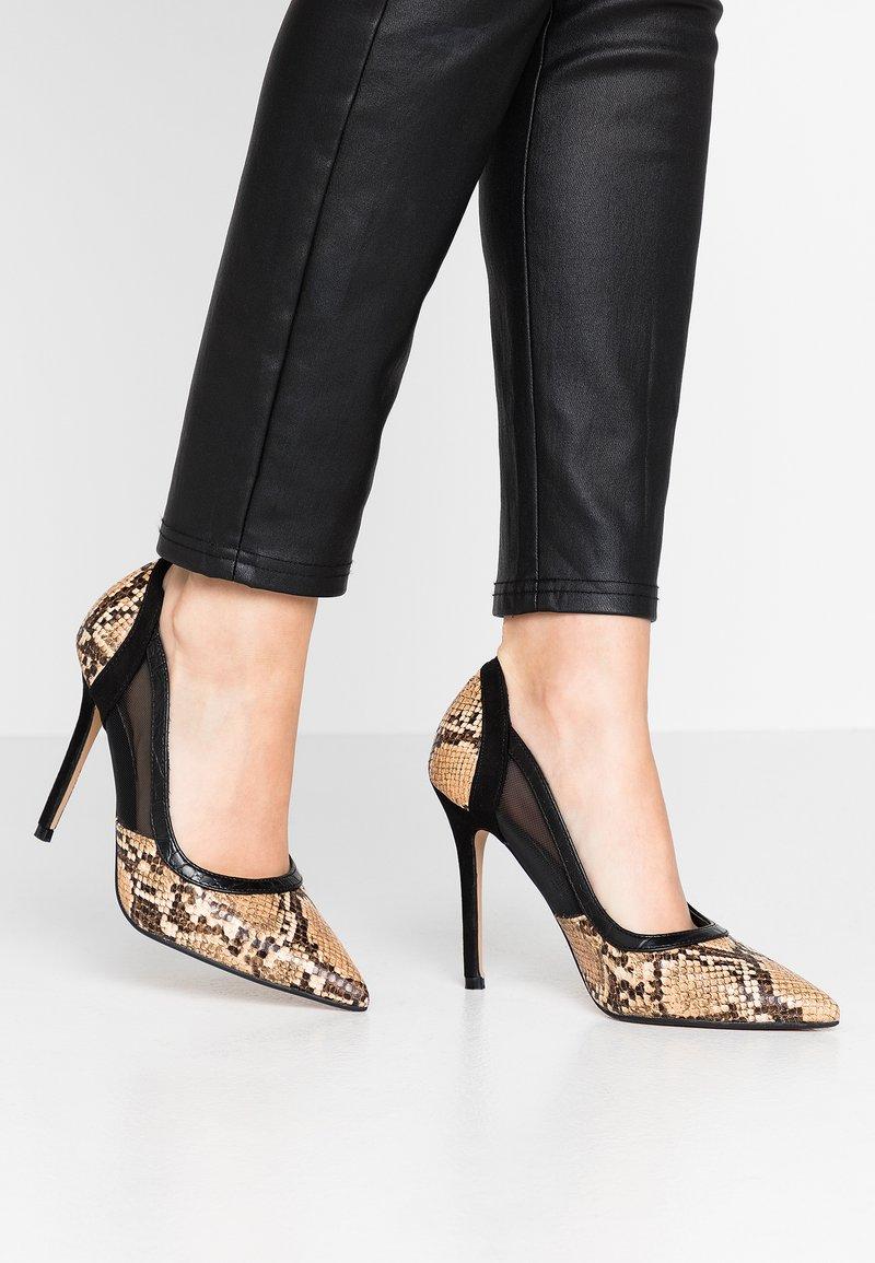 Head over Heels by Dune - ANANDA - Escarpins à talons hauts - black/white