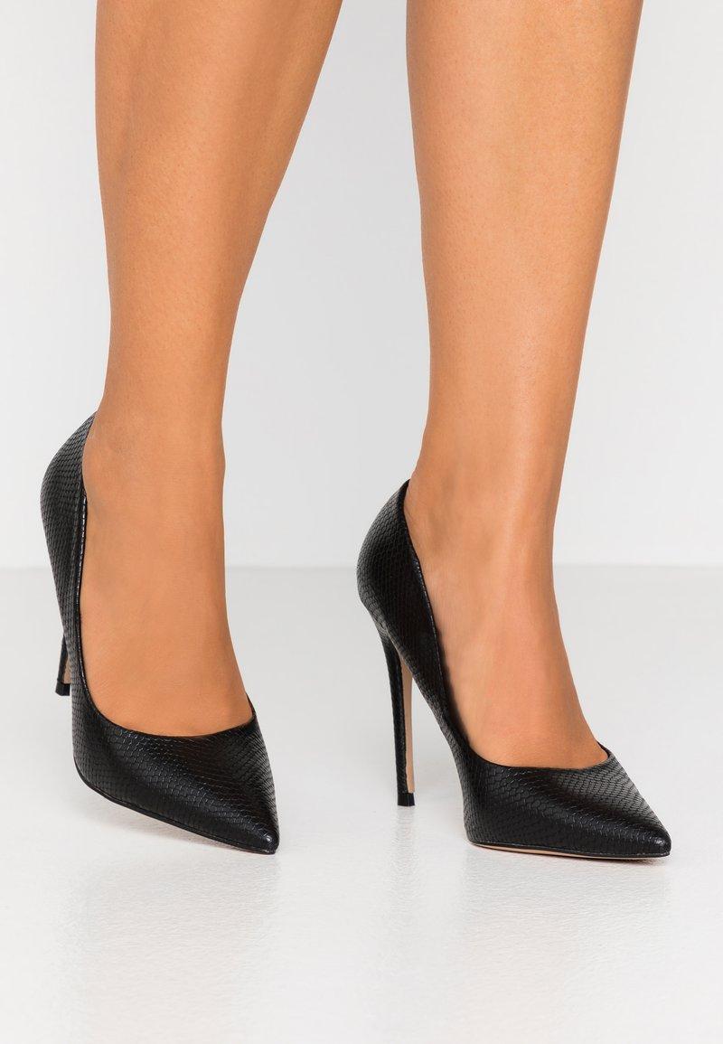Head over Heels by Dune - AIMEES - Zapatos altos - black