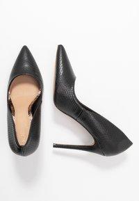 Head over Heels by Dune - AIMEES - Zapatos altos - black - 3