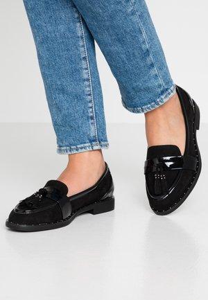 GAVINA - Nazouvací boty - black