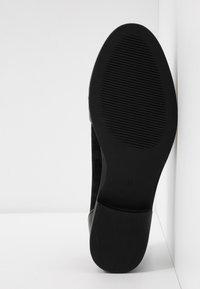 Head over Heels by Dune - GAVINA - Nazouvací boty - black - 6