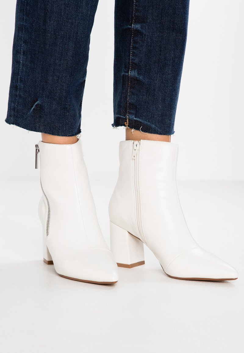 Head over Heels by Dune - OLLA - Classic ankle boots - white