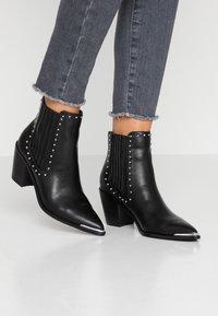 Head over Heels by Dune - POMONA - Ankelboots - black - 0