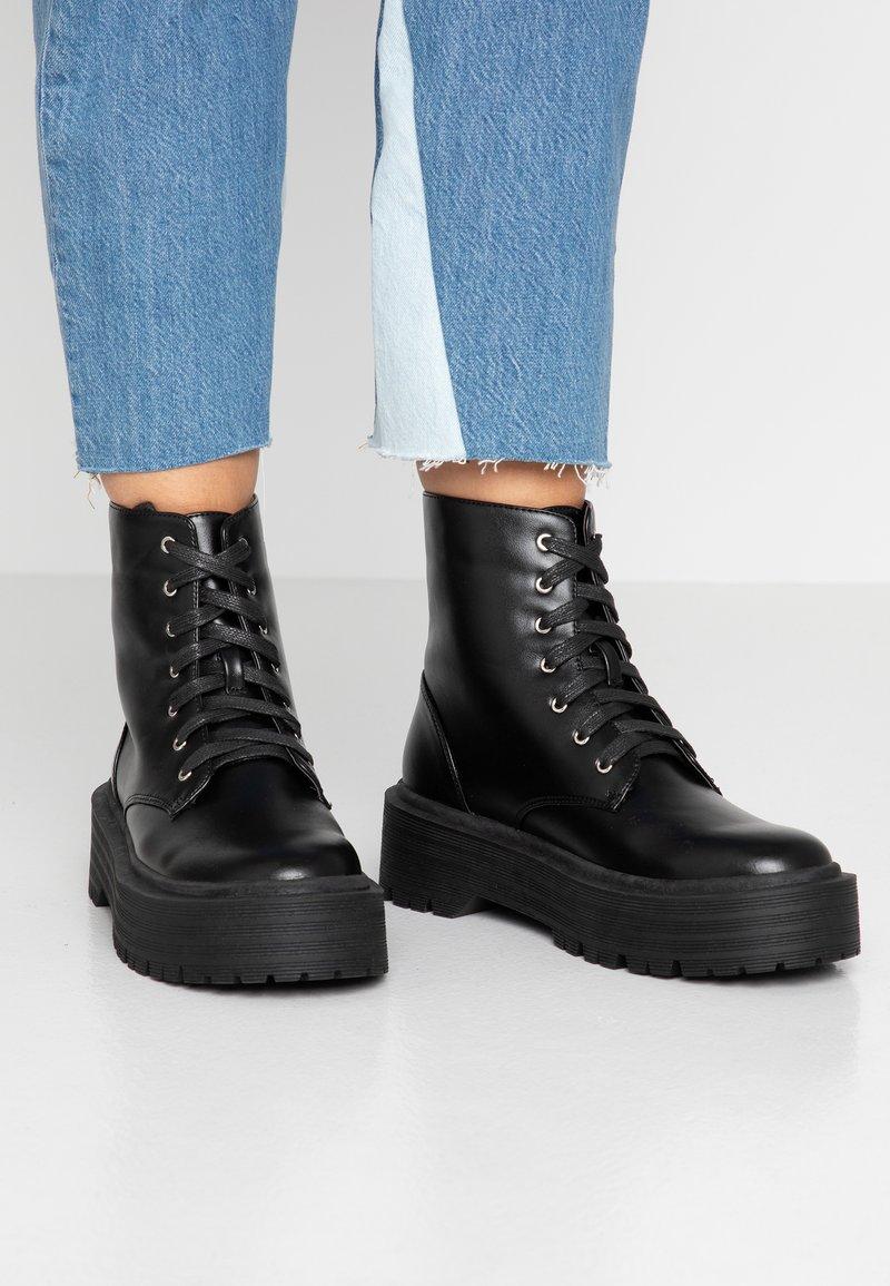 Head over Heels by Dune - PINKY - Bottines à plateau - black