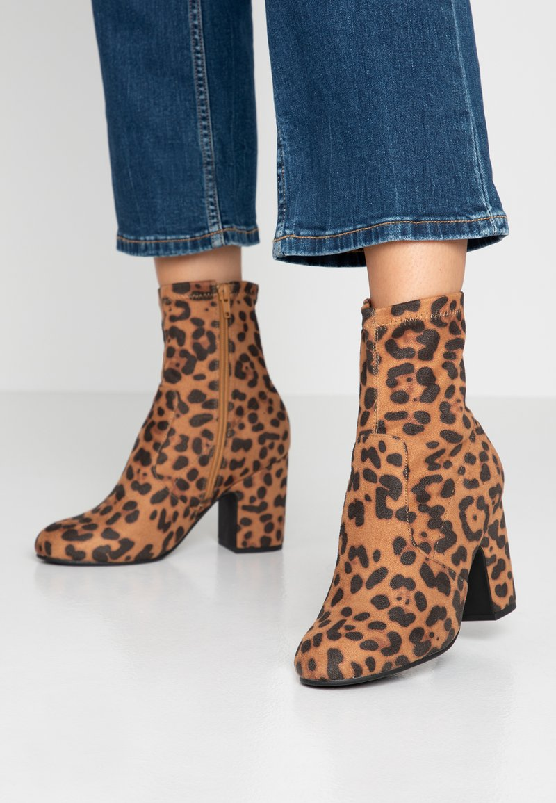 Head over Heels by Dune - OLLAA - High heeled ankle boots - brown