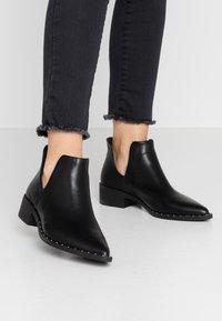 Head over Heels by Dune - PATRIA - Kotníková obuv - black - 0