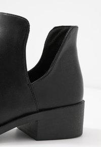 Head over Heels by Dune - PATRIA - Kotníková obuv - black - 2