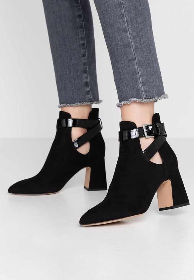 PAVIA - Ankle boots - black