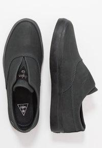 HUF - DYLAN SLIP ON - Slipper - black - 1