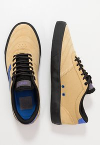 HUF - GALAXY - Sneakers laag - lark - 1