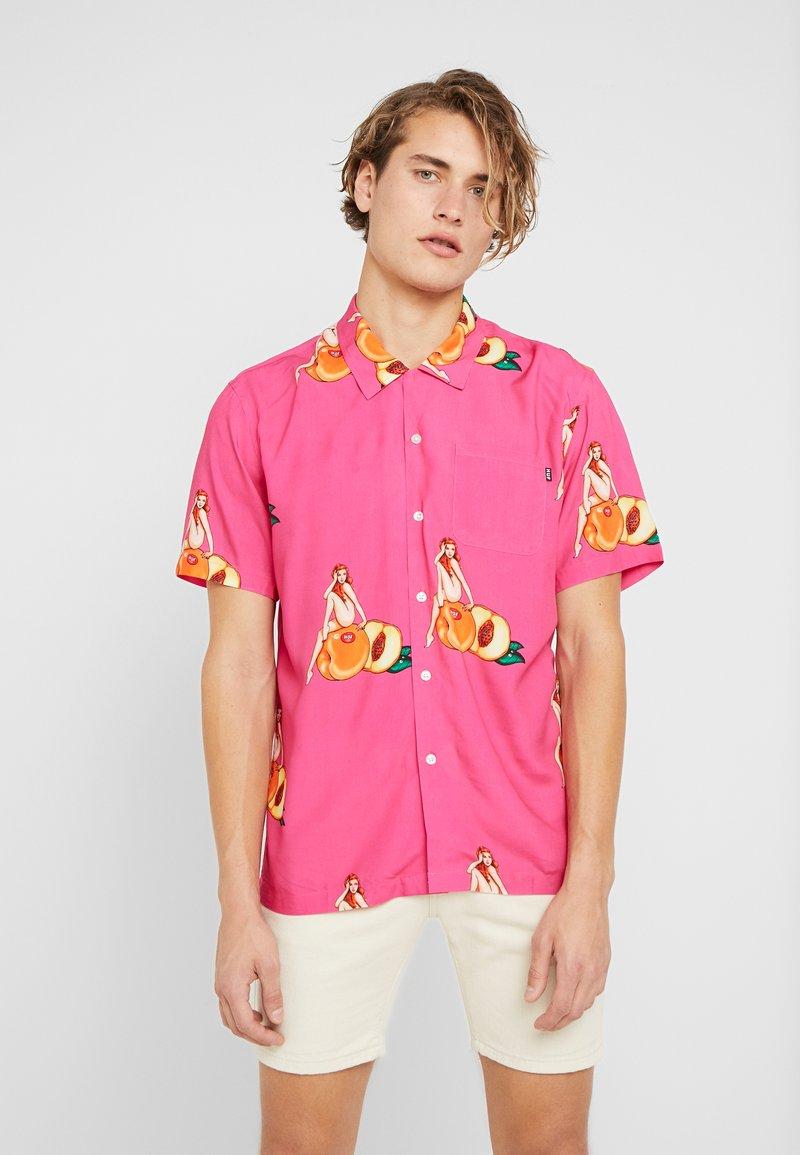 HUF - PEACHY - Shirt - fuchsia