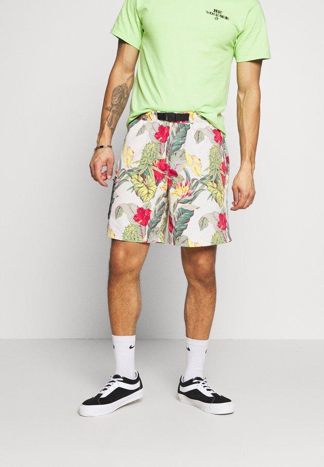 PARAISO TECH  - Shorts - natural