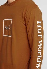 HUF - DOMESTIC TEE - Langarmshirt - rust - 3
