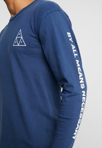 HUF - ESSENTIALS TEE - Long sleeved top - insignia blue - 5