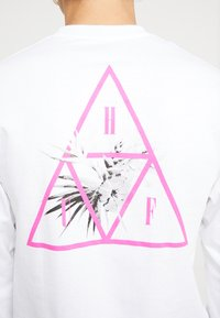 HUF - JUNGLE TEE - Long sleeved top - white - 3