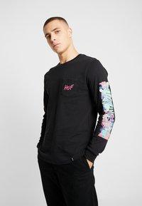 HUF - SHORT POCKET TEE - Camiseta de manga larga - black - 0