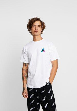 PRISM TEE - Camiseta estampada - white