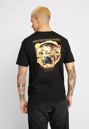 CINEMATIC ADVENTURE TEE - Triko s potiskem - black