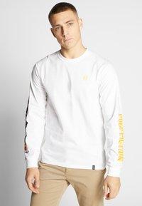 HUF - PULP FICTION COLLAGE  - Långärmad tröja - white - 0