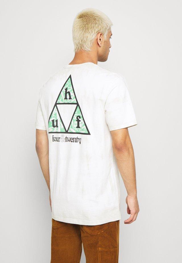 OVERGROWN TEE - T-shirt med print - white