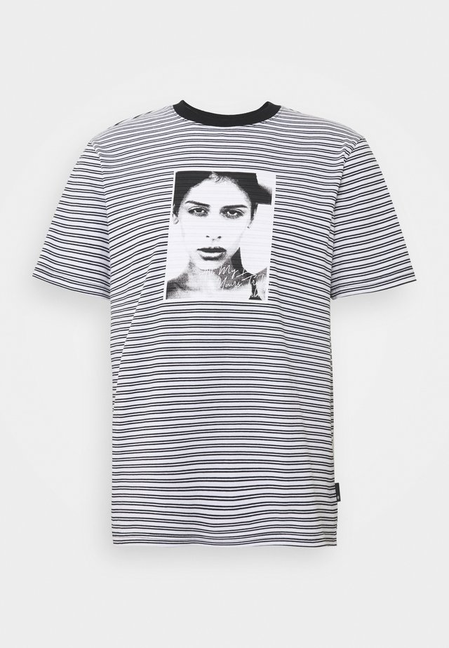 MOLLY STRIPED  - Print T-shirt - white