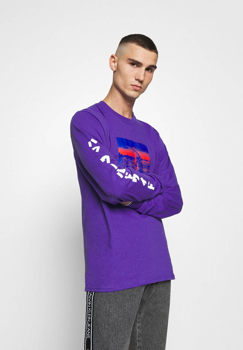HUF - GODZILLA WATER TEE - Top sdlouhým rukávem - purple