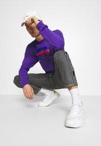 HUF - GODZILLA WATER TEE - Top sdlouhým rukávem - purple - 3