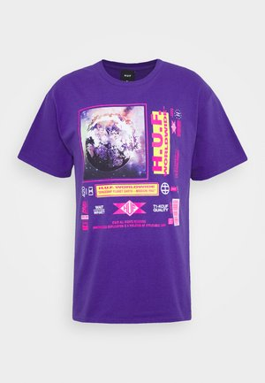FIDELITY TEE - Print T-shirt - grape