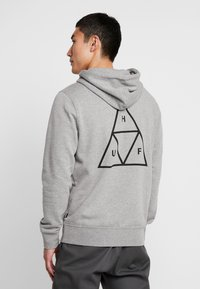 HUF - ESSENTIALS HOODIE - Mikina s kapucí - grey heather - 2