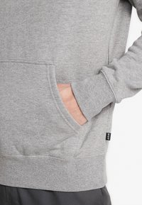 HUF - ESSENTIALS HOODIE - Mikina s kapucí - grey heather - 5