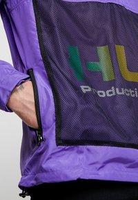 HUF - PRODUCTIONS INC - Cortaviento - ultra violet - 5