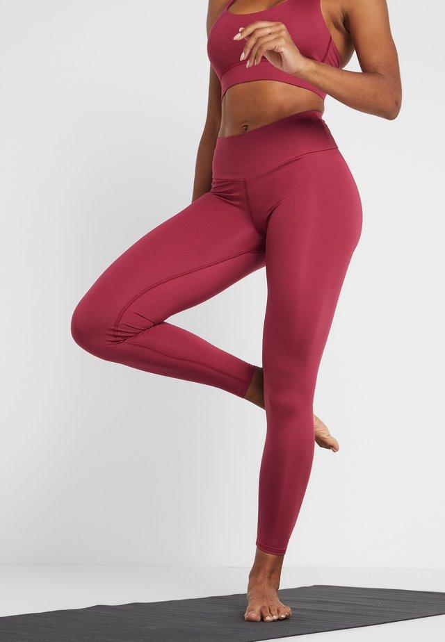LEGGINGS FLAWLESS - Leggings - red