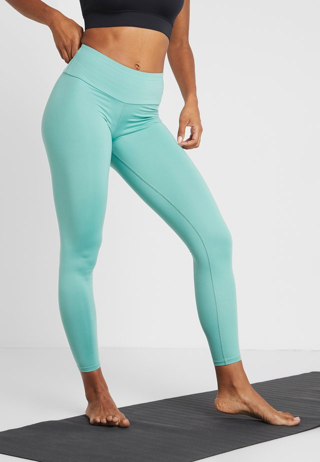 LEGGINGS FLAWLESS - Tights - green