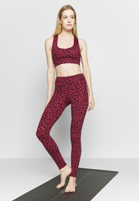 Hey Honey - LEGGINGS  - Tights - red - 1