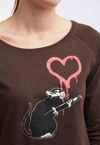 HOMEBASE - Långärmad tröja - brown - 3