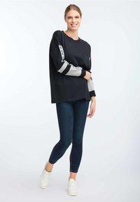 HOMEBASE - Sweatshirt - black - 1