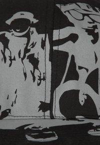 HOMEBASE - HOMEBASE - Cap - schwarz/grau people print - 4