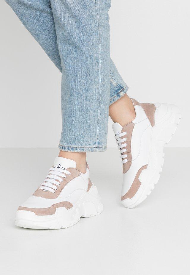 Sneakers - weiss beige