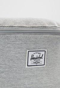 Herschel - FOURTEEN - Ledvinka - light grey - 6