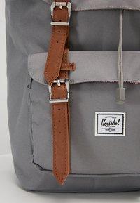 Herschel - LITTLE AMERICA  - Tagesrucksack - grey - 4