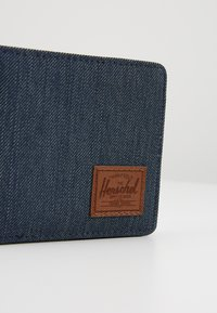 Herschel - ROY - Wallet - indigo/saddle brown