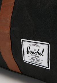 Herschel - NOVEL - Taška na víkend - black - 5