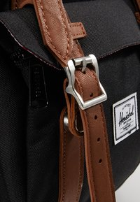 Herschel - LITTLE AMERICA MID VOLUME - Batoh - black - 4